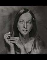 Амбротип (бессмертны отпечаток) — ранний фотографический процесс, описанный в начале 1850-х годов изобретателем коллодионного процесса Фредериком Арчером.